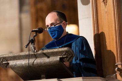 Dean Colón-Emeric gives the sermon during the service.